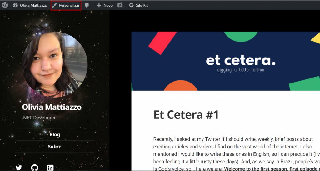 Imagem ilustrativa do que foi explicado no parágrafo anterior: página inicial do blog Olivia Mattiazzo, com um retângulo vermelho ao redor do botão Personalizar.